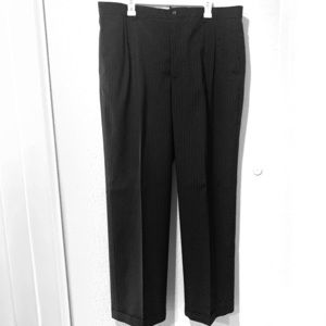 Men's Claiborne Pleated Slacks striped